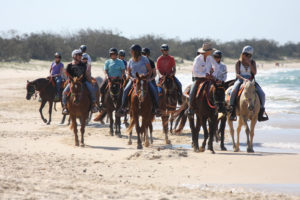 rainbow-beach-horse-riding